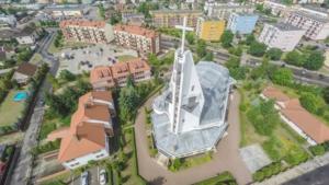 Kościół 9